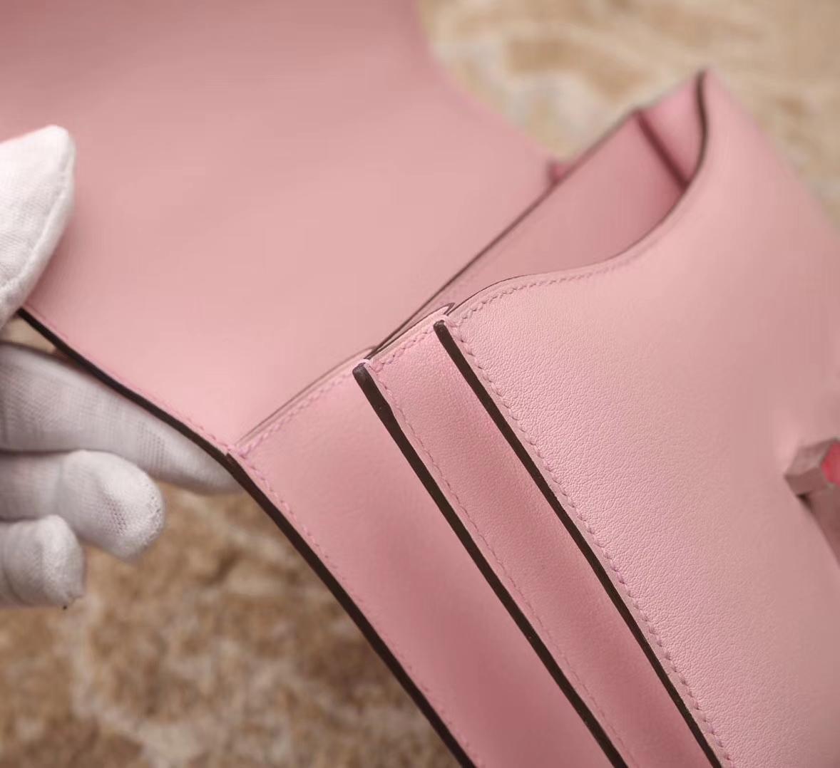 Hermes爱马仕 Constance 19 3Q 新樱花粉 原厂御用顶级Swift皮 银边红色蜥蜴扣