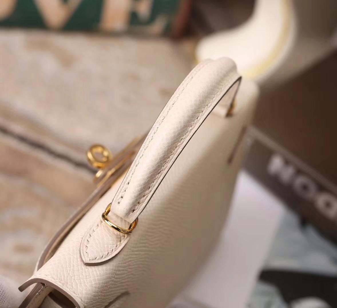 Hermes爱马仕 Mini Kelly 二代 奶昔白 原厂御用顶级Epsom皮 金扣