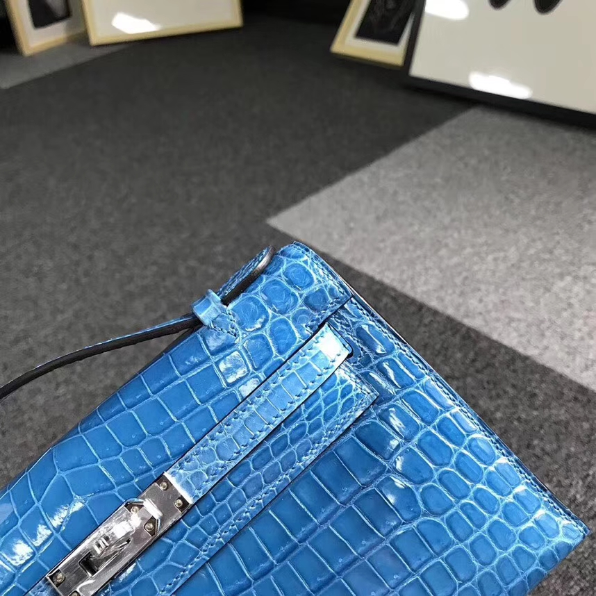 Hermès(爱马仕)7W伊兹密尔蓝 Mini Kelly 二代 银扣 亮面鳄鱼