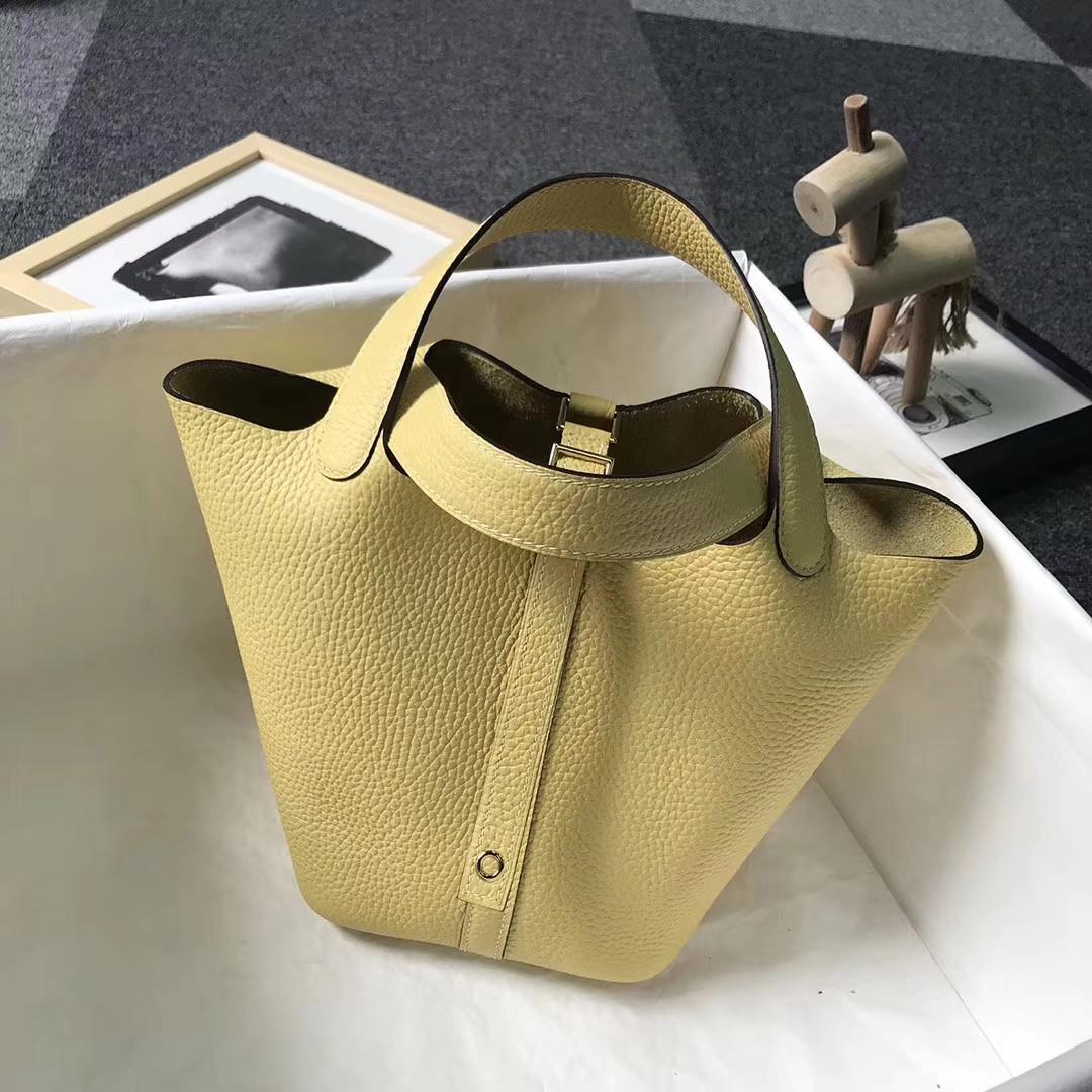 Hermès(爱马仕)小鸡黄 原厂御用顶级TC皮 Picotin  Lock 18 CM 金扣