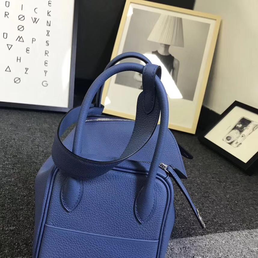 Hermès(爱马仕)R2 玛瑙蓝 原厂御用顶级小牛皮 Lindy 26 银扣