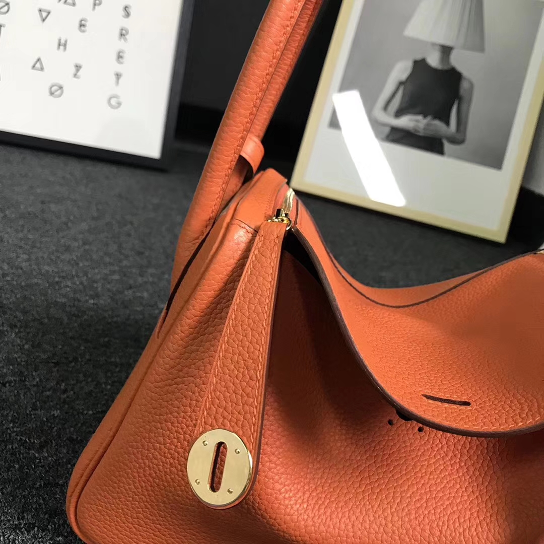 Hermès(爱马仕)橙色 原厂御用顶级TC 皮 Lindy 26 金扣