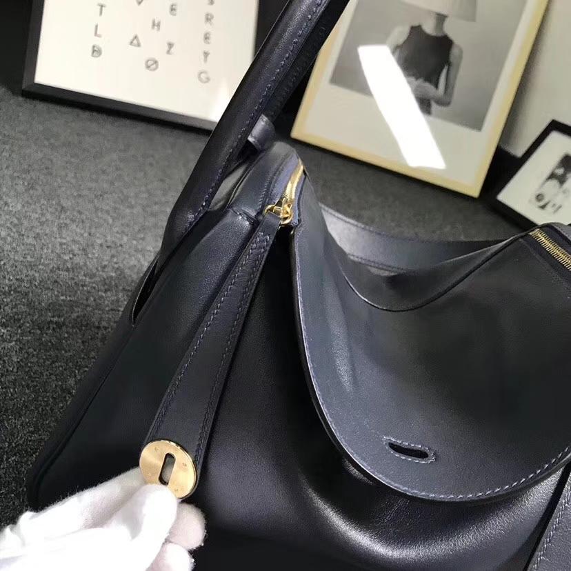 Hermès(爱马仕)午夜蓝拼石榴红 原厂御用顶级Swift 皮 Lindy 30 金扣
