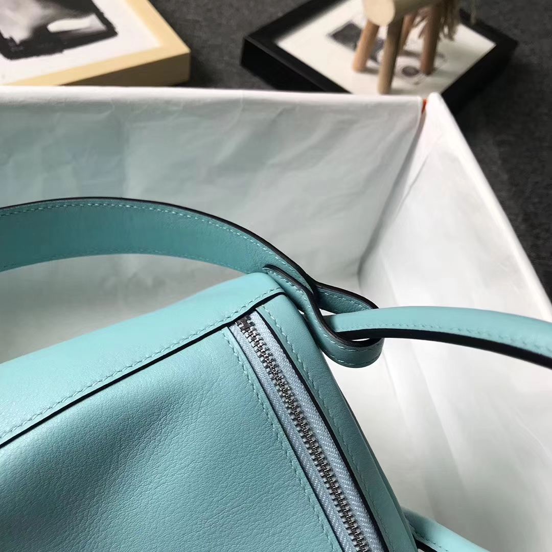 Hermès(爱马仕)3P马卡龙蓝 原厂御用顶级Swift 皮 Lindy 26 银扣