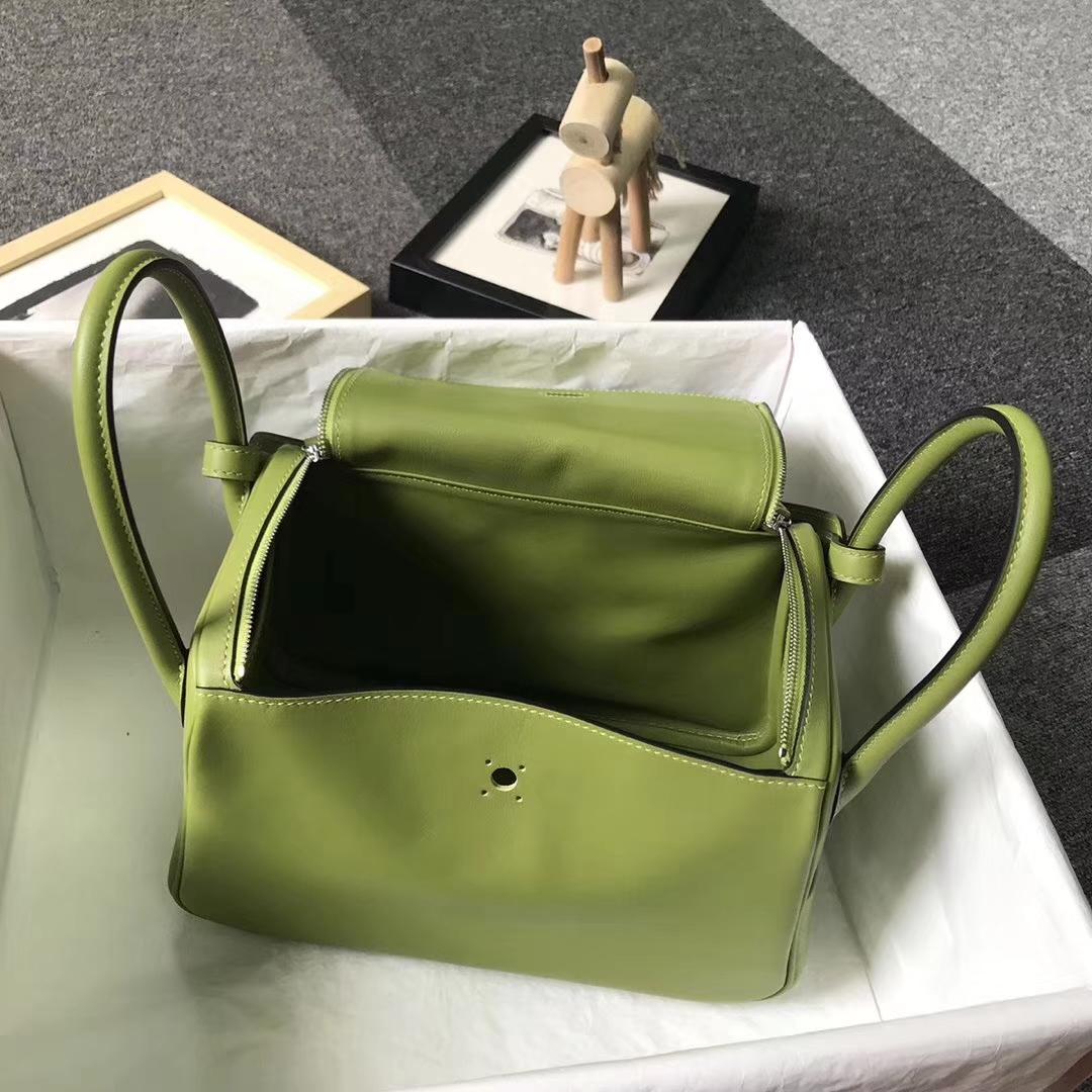 Hermès(爱马仕)6R奇异果绿 原厂御用顶级Swift 皮 Lindy 26 银扣