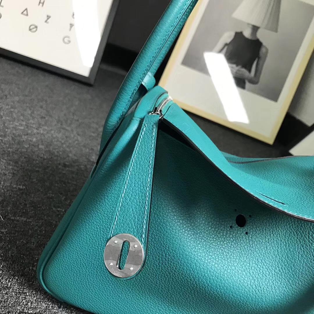 Hermès(爱马仕)7F孔雀蓝 原厂御用顶级小牛皮 Lindy 26 银扣