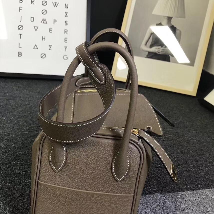 Hermès(爱马仕)CK18 大象灰 原厂御用顶级小牛皮 Lindy 26 金扣 银扣