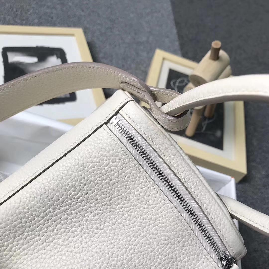 Hermès(爱马仕)奶昔白 原厂御用顶级TC 皮 Lindy 26 银扣