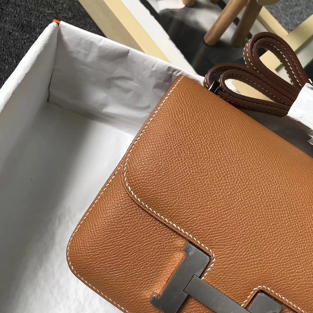 Hermès(爱马仕)1H 太妃金 原厂御用顶级Epsom 皮 Constance 19 银扣 现货