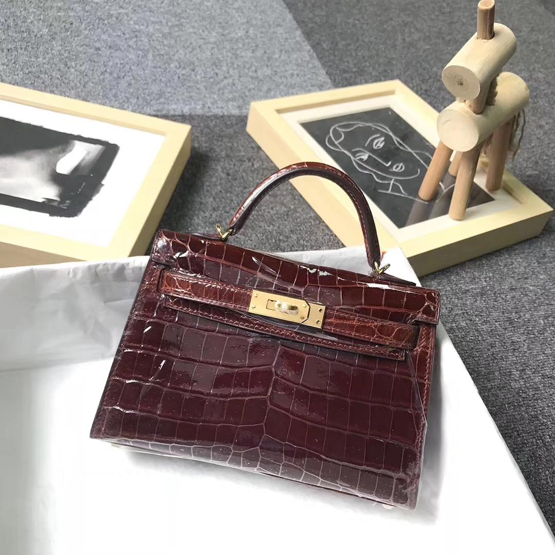 Hermès(爱马仕)棕红色 亮面鳄鱼皮 Mini Kelly 二代 金扣