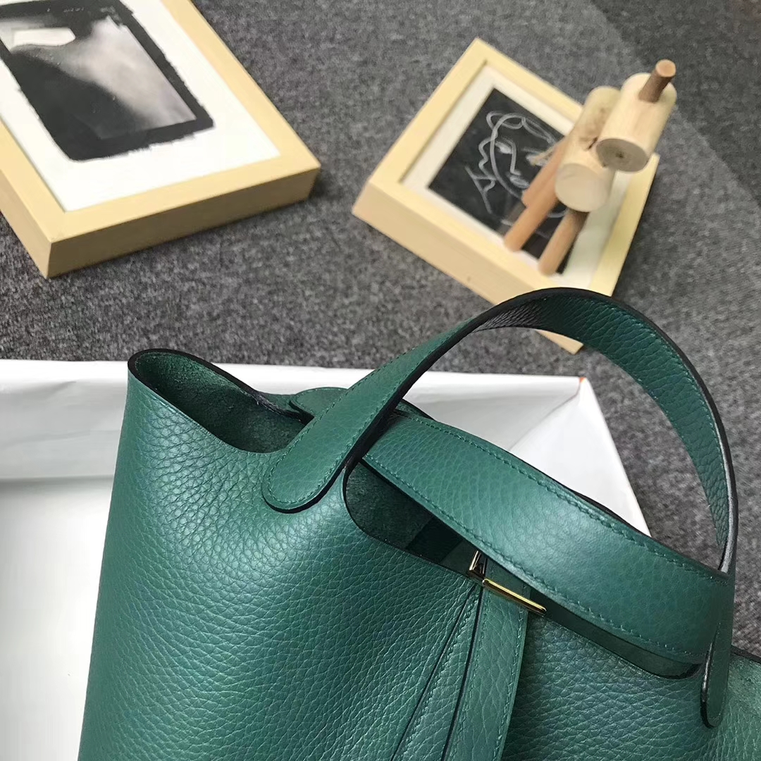 Hermès(爱马仕)Z6 孔雀绿 原厂御用顶级TC 皮 Picotin  Lock 18 cm 银扣 现货