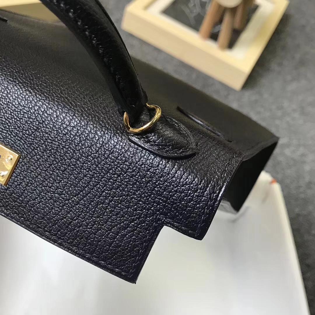 Hermès(爱马仕)黑色 原厂御用顶级山羊皮 Mini Kelly 二代 金扣 现货