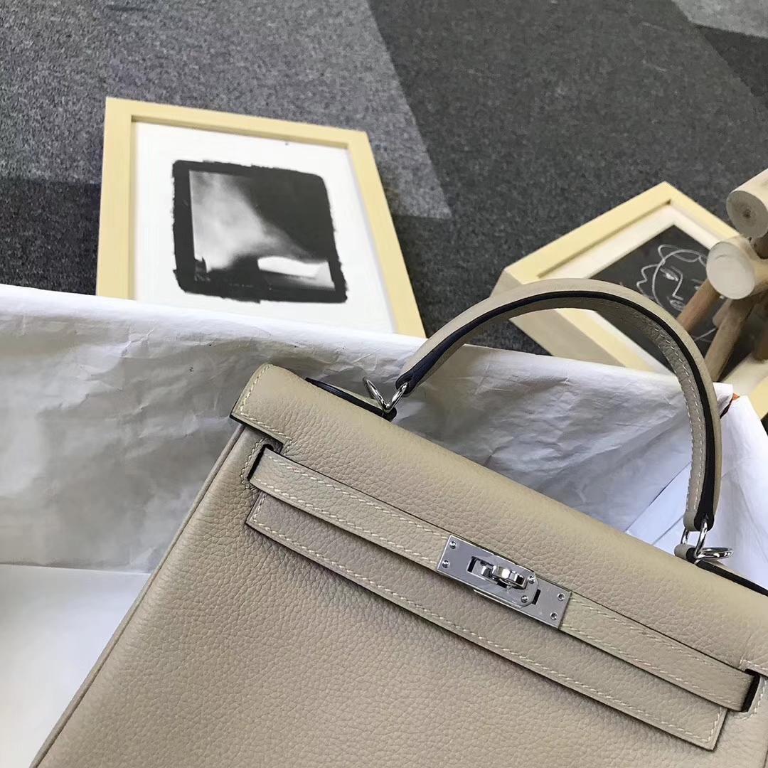 Hermès(爱马仕)S2 风衣灰 原厂御用顶级小牛皮 Kelly 25 银扣 现货