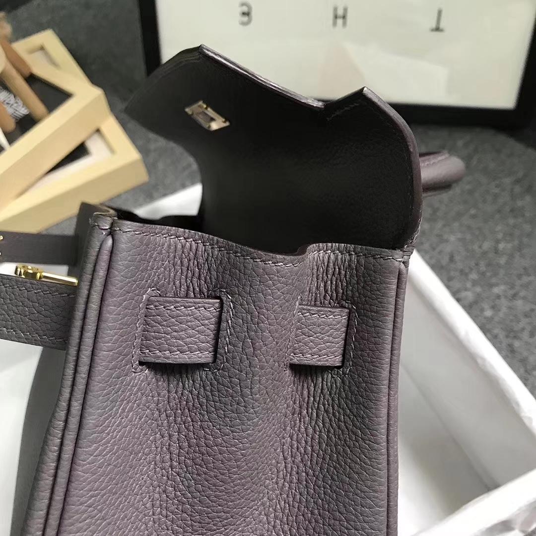 Hermès(爱马仕)8F锡器灰 原厂御用顶级小牛皮 Kelly 28 金扣