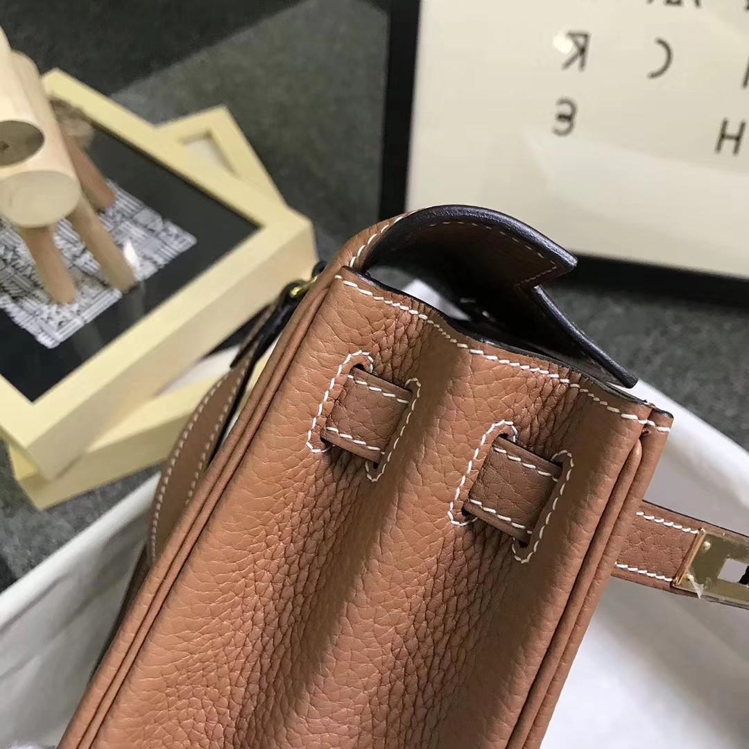 Hermès(爱马仕)金棕色 原厂御用顶级TC 皮 Kelly  ado 20 金扣