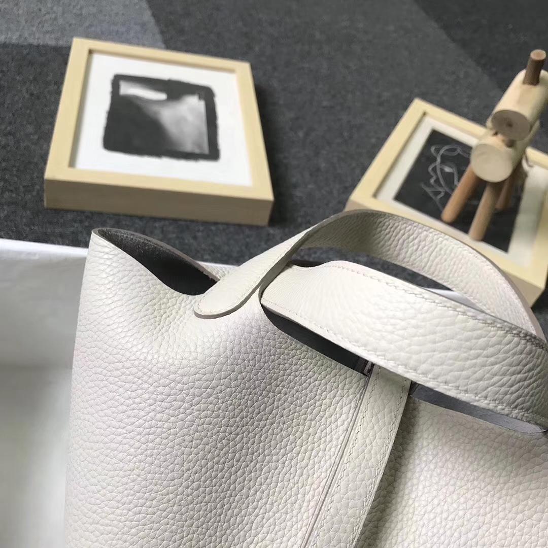 Hermès(爱马仕)奶昔白 原厂御用顶级TC 皮 Picotin  Lock 18 cm 金扣 银扣 现货