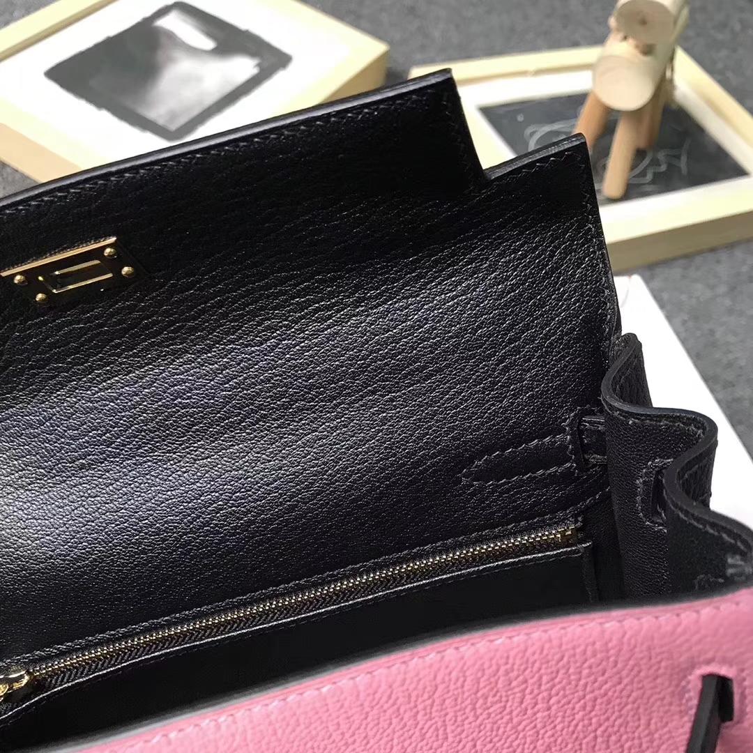Hermès(爱马仕)1Q奶昔粉拼CK89 黑色 原厂御用顶级山羊皮 Kelly 25 内缝 金扣