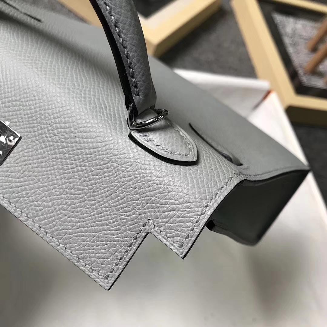 Hermès(爱马仕)8U 冰川蓝 原厂御用顶级Epsom 皮 Mini Kelly 二代 银扣