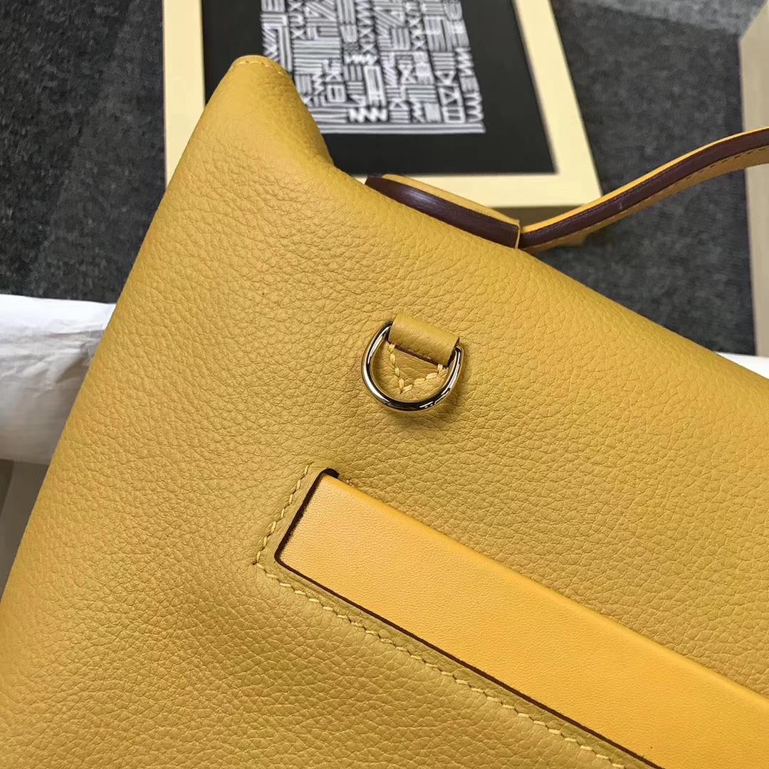Hermès(爱马仕)9D琥珀黄 原厂御用顶级小牛皮 2424 金扣