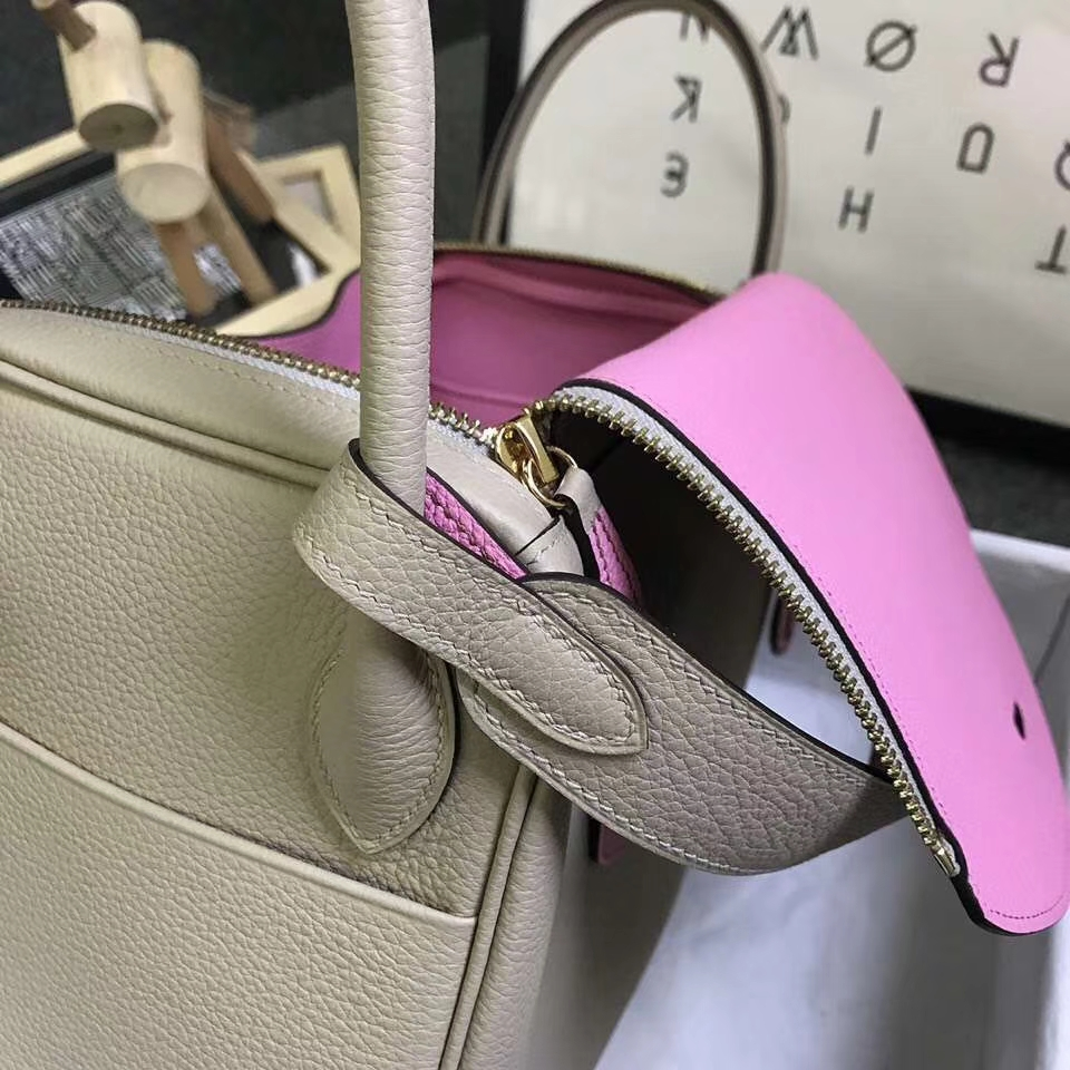 Hermès(爱马仕)S2 风衣灰拼5P樱花粉 原厂御用顶级小牛皮 Lindy 30 金扣