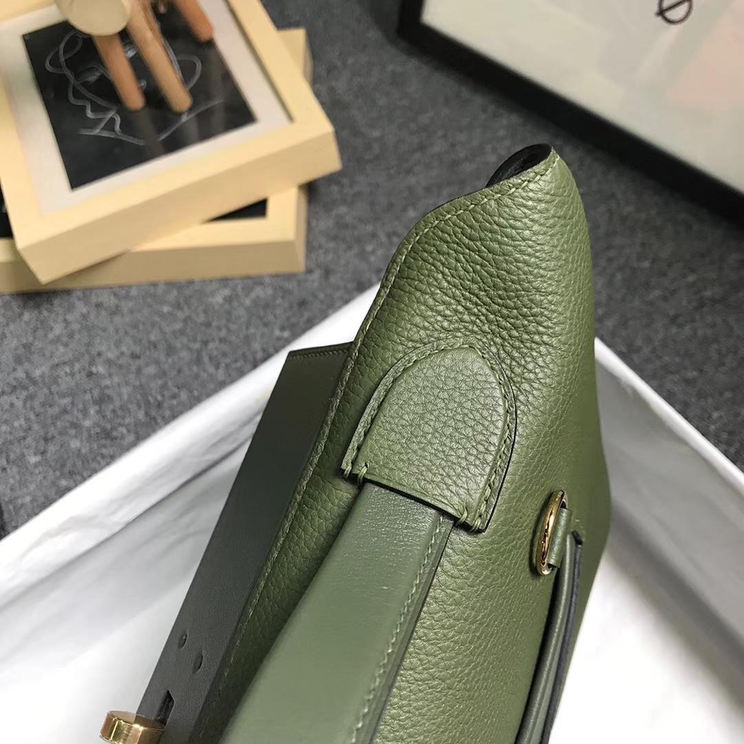 Hermès(爱马仕)V6 丛林绿 原厂御用顶级小牛皮 2424 金扣