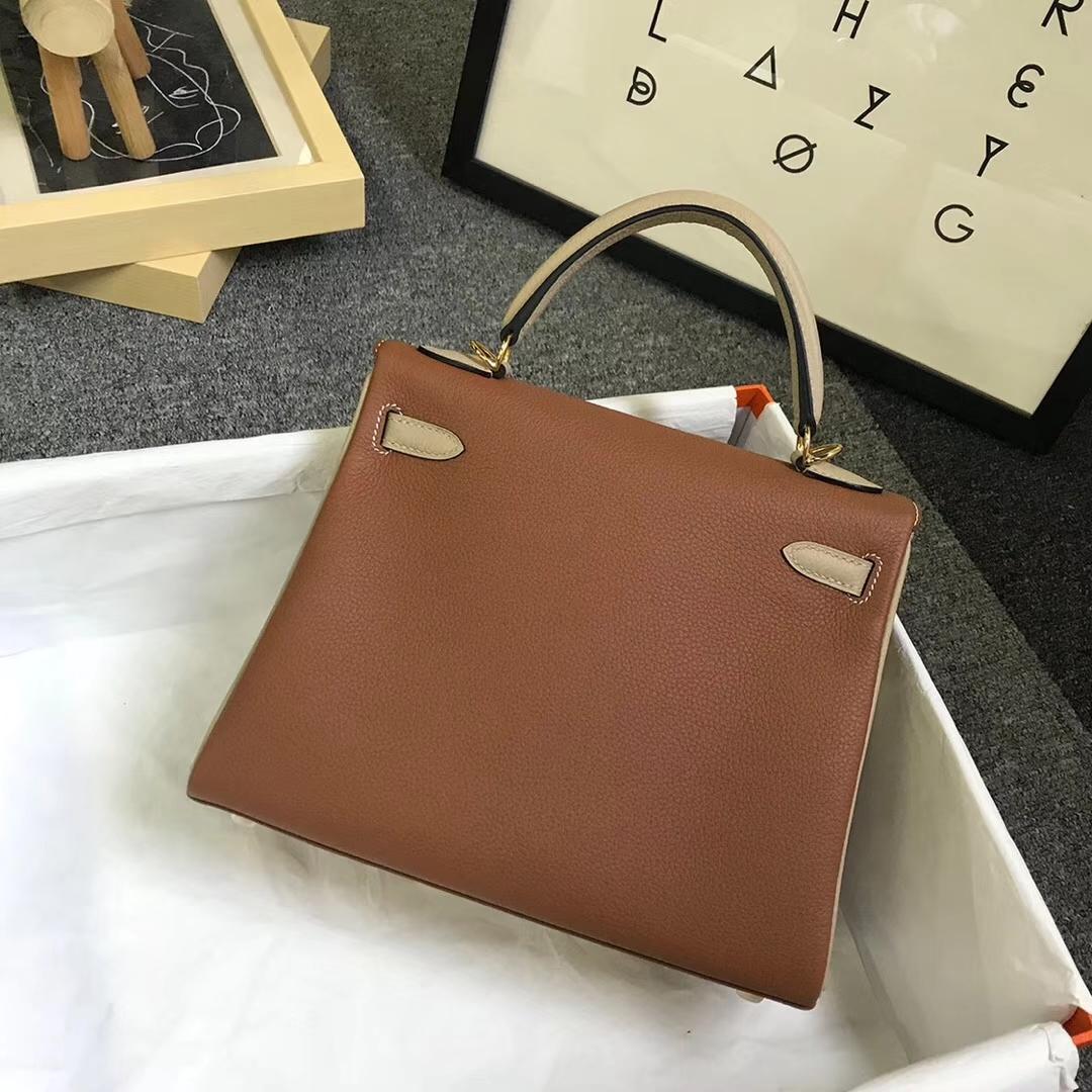 Hermès(爱马仕)金棕色拼风衣灰 原厂御用顶级小牛皮 Kelly 25 金扣