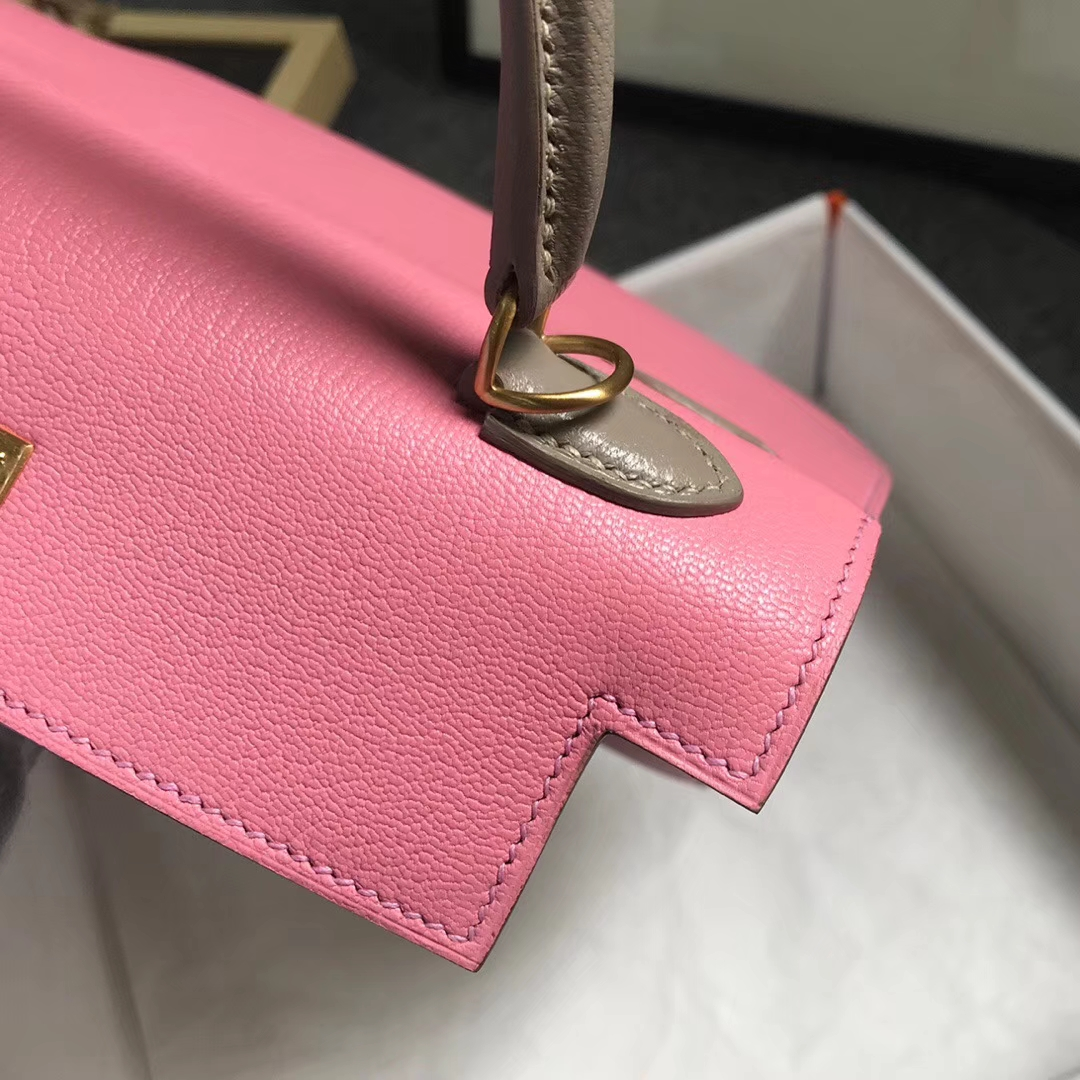 Hermès(爱马仕)1Q奶昔粉拼珍珠灰 原厂御用顶级山羊皮 Kelly 25 外缝 金扣