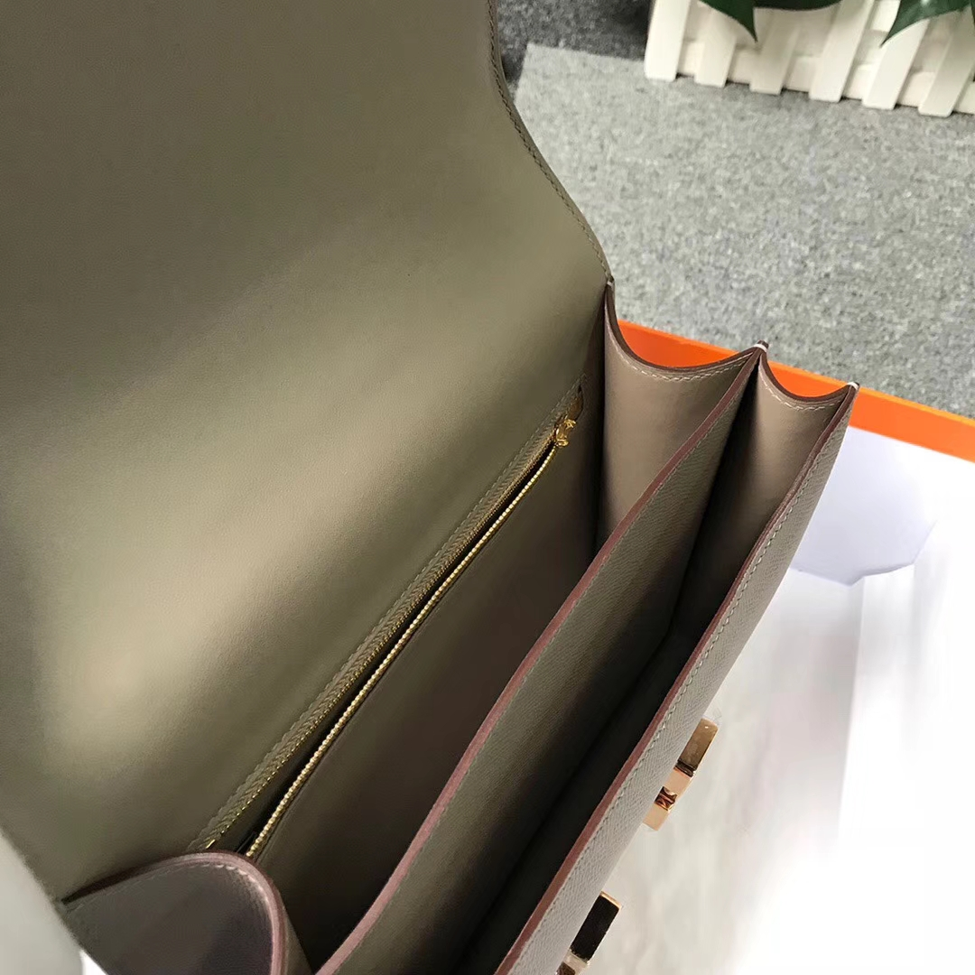 Hermès(爱马仕)Constance空姐包 M8 沥青灰 原厂御用顶级Epsom 皮 玫瑰金扣 24cm