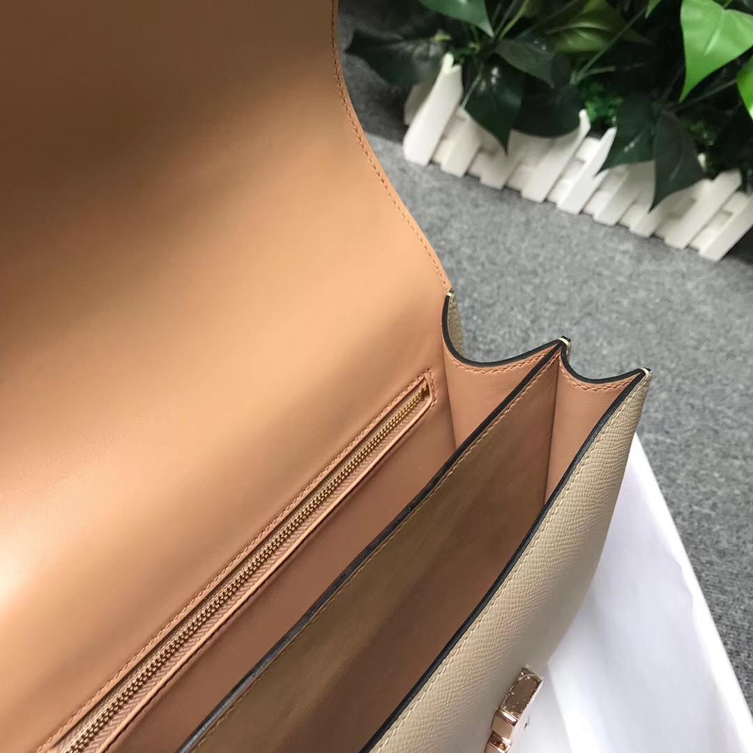 Hermès(爱马仕)S2风衣灰拼奶茶色 原厂御用顶级Epsom 皮 Constance 24 玫瑰金扣