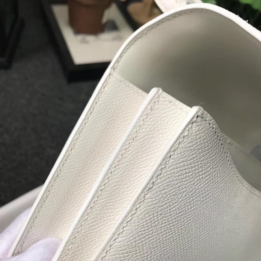 Hermès(爱马仕)纯白色 原厂御用顶级Epsom 皮 Constance 19 白色珐琅扣 现货