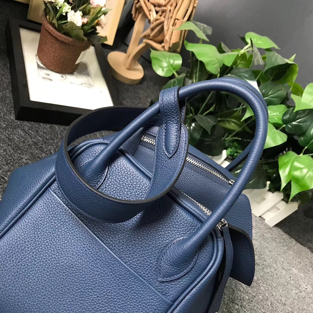 Hermès(爱马仕)7K 宝石蓝 原厂御用顶级小牛皮 Lindy 30 银扣 现货