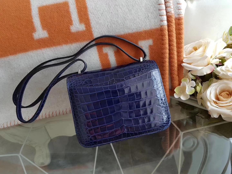 Hermès(爱马仕)constance空姐包 19cm 尼罗 亮面  宝石蓝 银扣 现货