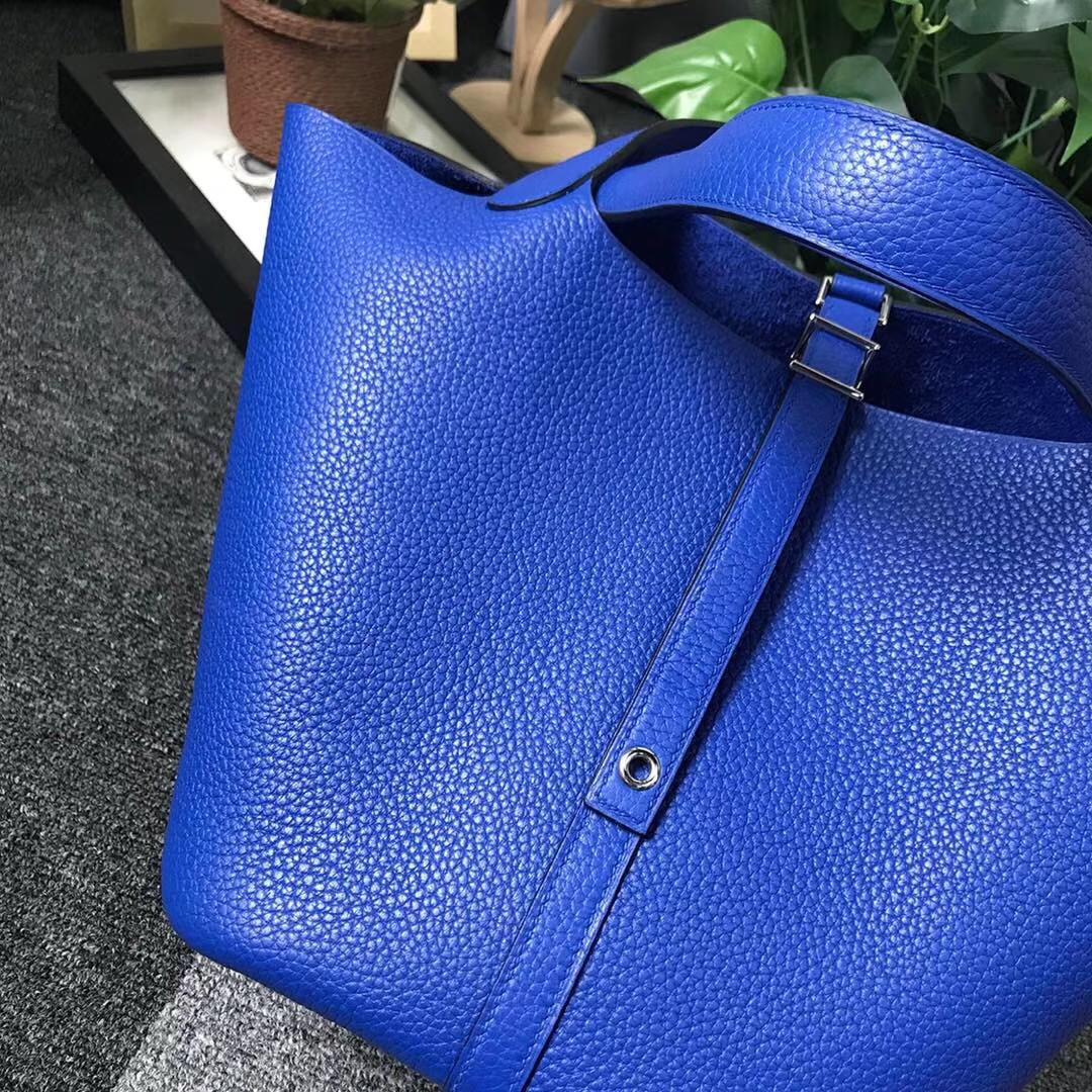 Hermès(爱马仕)琉璃蓝 原厂御用顶级TC 皮 Picotin  Lock 22cm 银扣