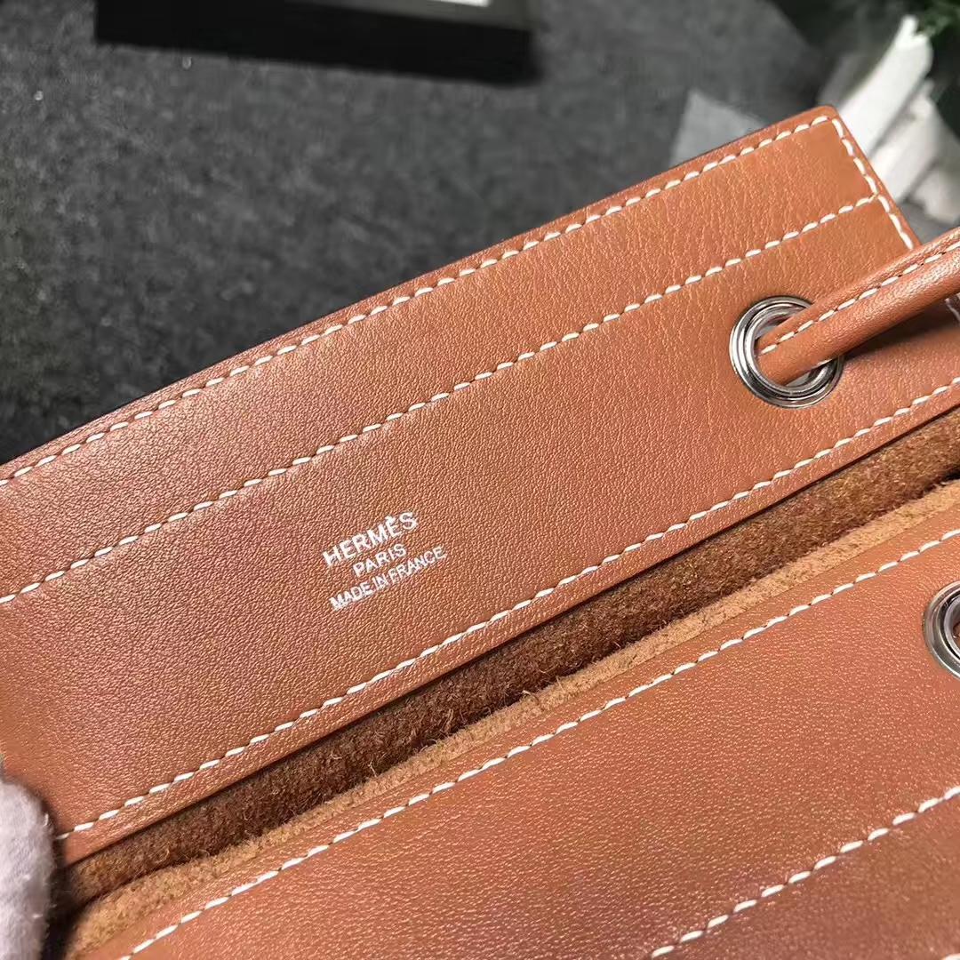 Hermès(爱马仕)C37浅咖啡 原厂御用顶级Swift 皮 艾琳包 21cm 现货