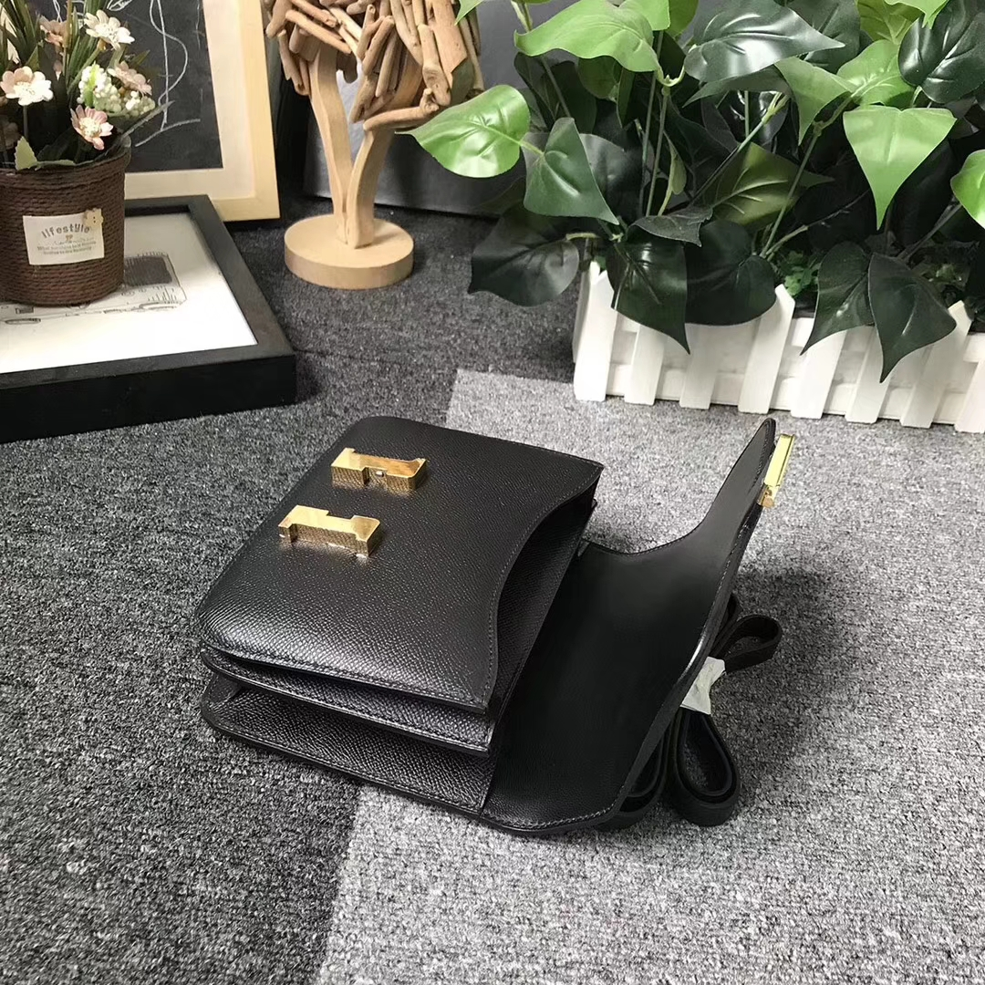 Hermès(爱马仕)CK89 黑色 原厂御用顶级Epsom 皮 Constance 24 金扣 现货