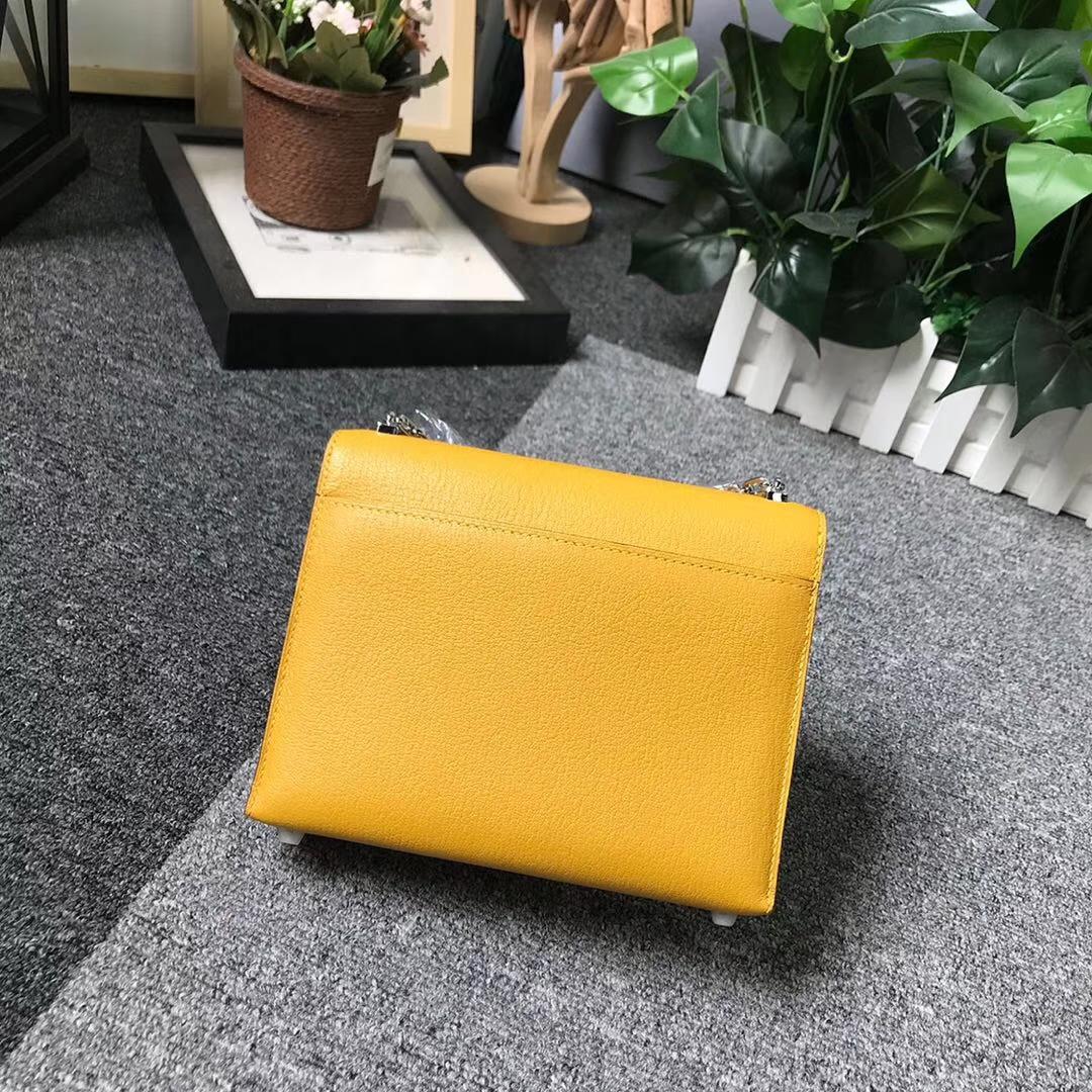 Hermès(爱马仕)9D琥珀黄 原厂御用顶级山羊皮 Verrou 插销包 现货