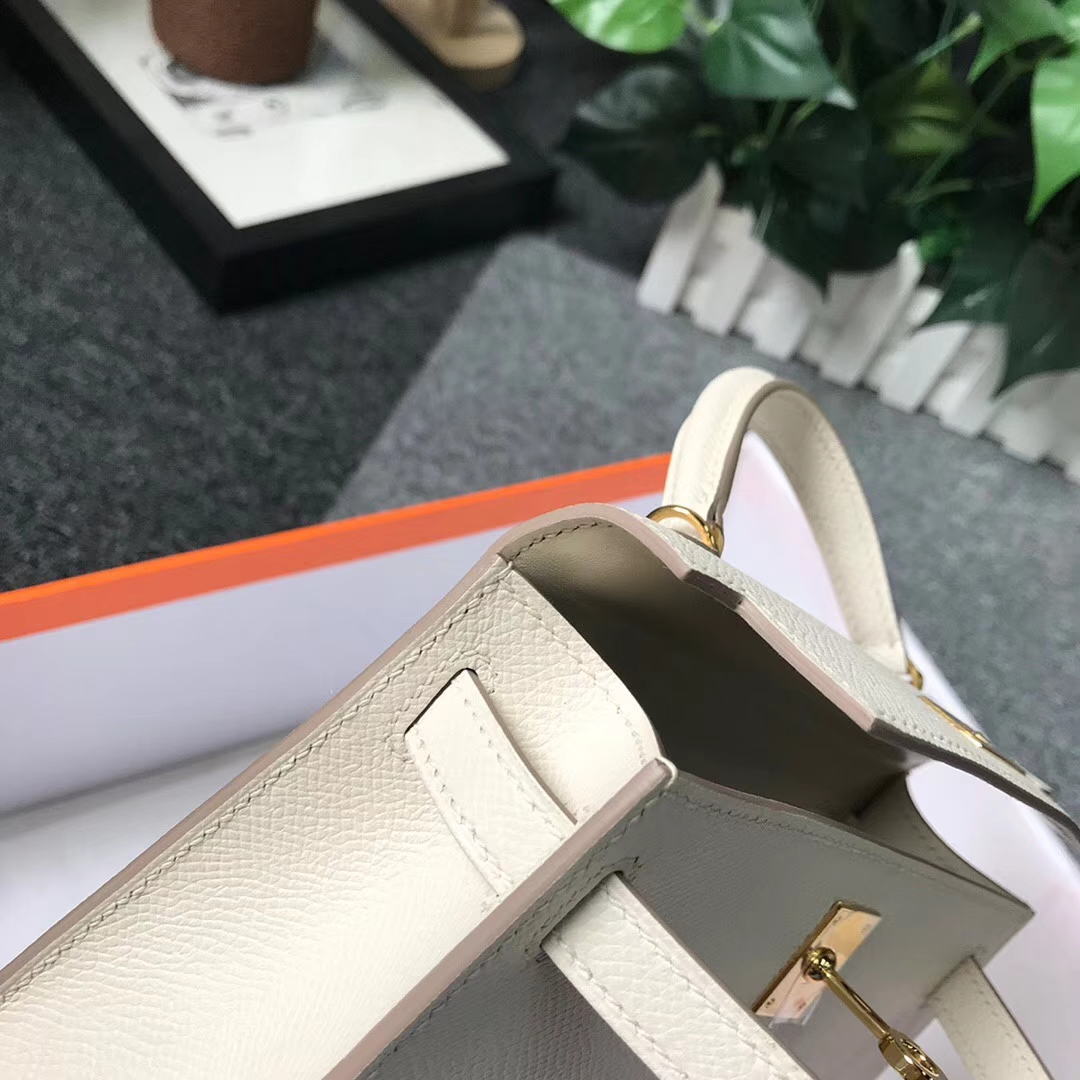 Hermès(爱马仕)奶昔白 原厂御用顶级Epsom 皮 Mini Kelly 二代 金扣 银扣 现货