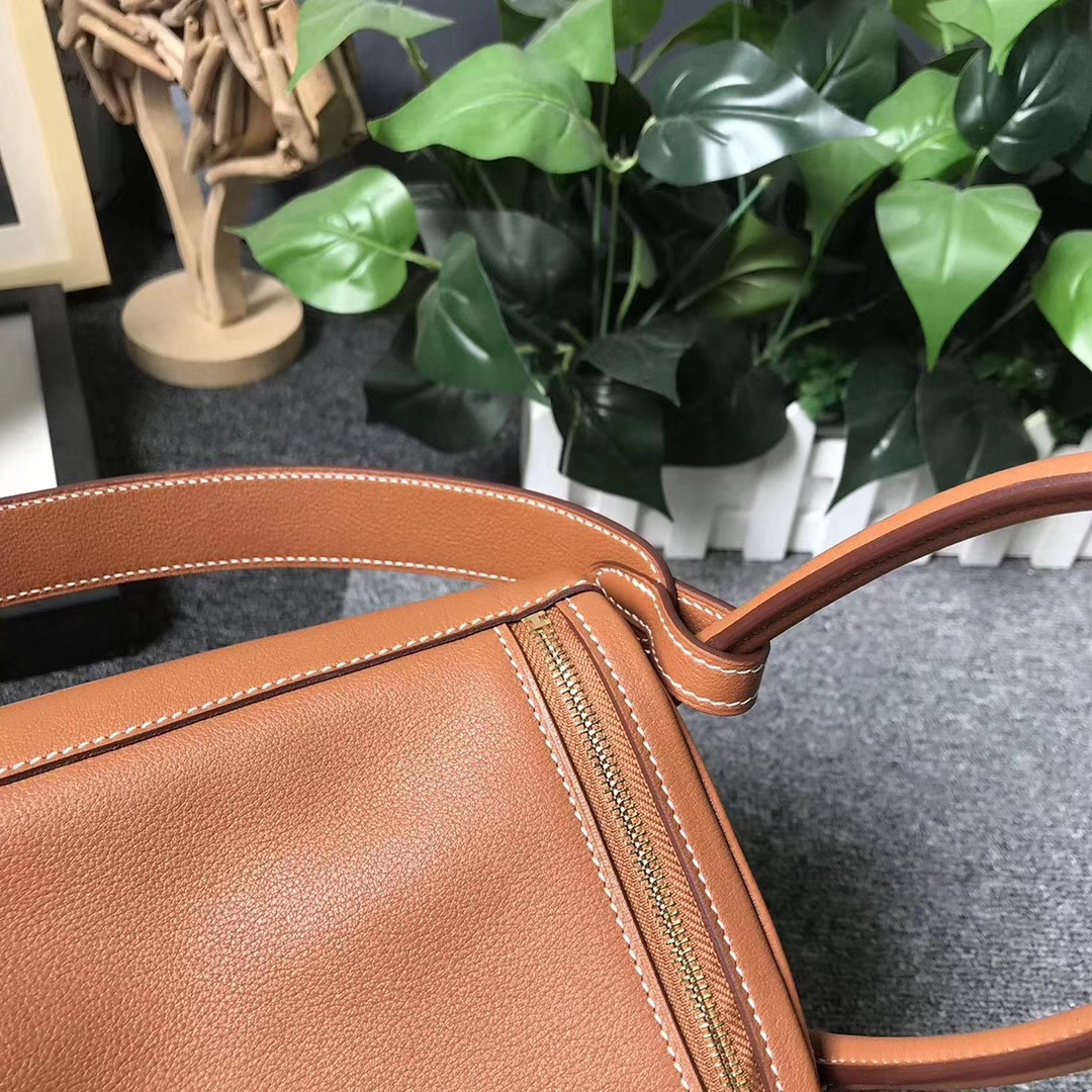 Hermès(爱马仕)C37 金棕色 原厂御用顶级Ever Color皮 Lindy 26 金扣