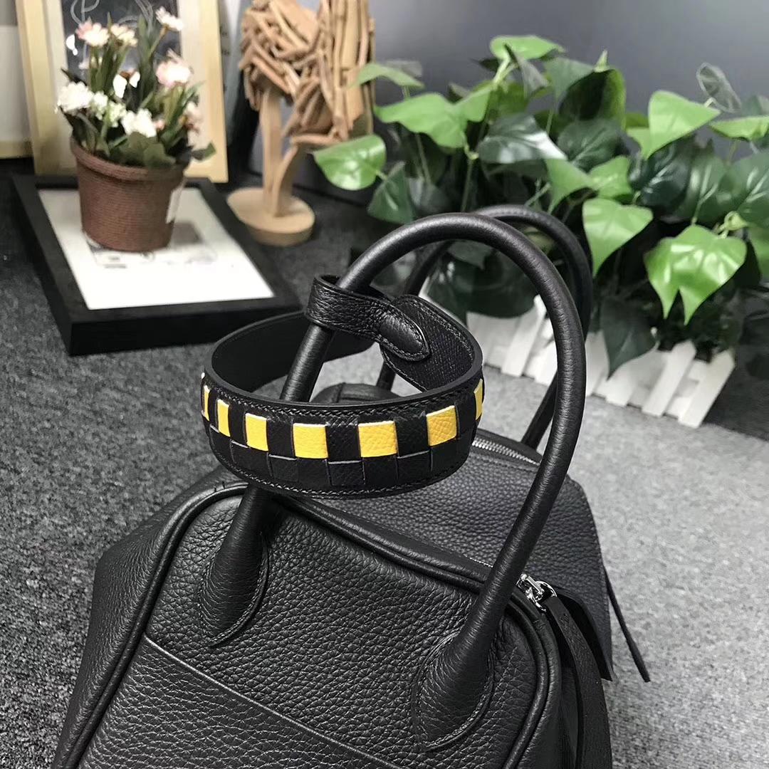 Hermès(爱马仕)CK89 黑色 原厂御用顶级小牛皮 Lindy 26 银扣 编织肩带