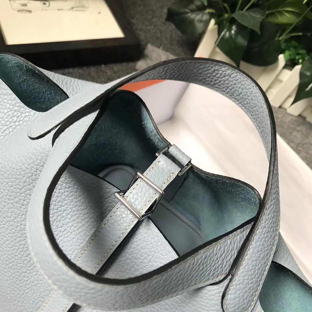 Hermès(爱马仕)J7 亚麻蓝 原厂御用顶级TC 皮 Picotin  Lock 18cm 银扣