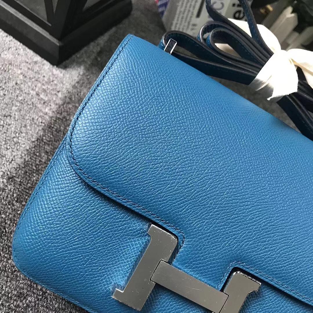 Hermès(爱马仕)7W伊兹密尔蓝 原厂御用顶级Epsom 皮 Constance 19 银扣