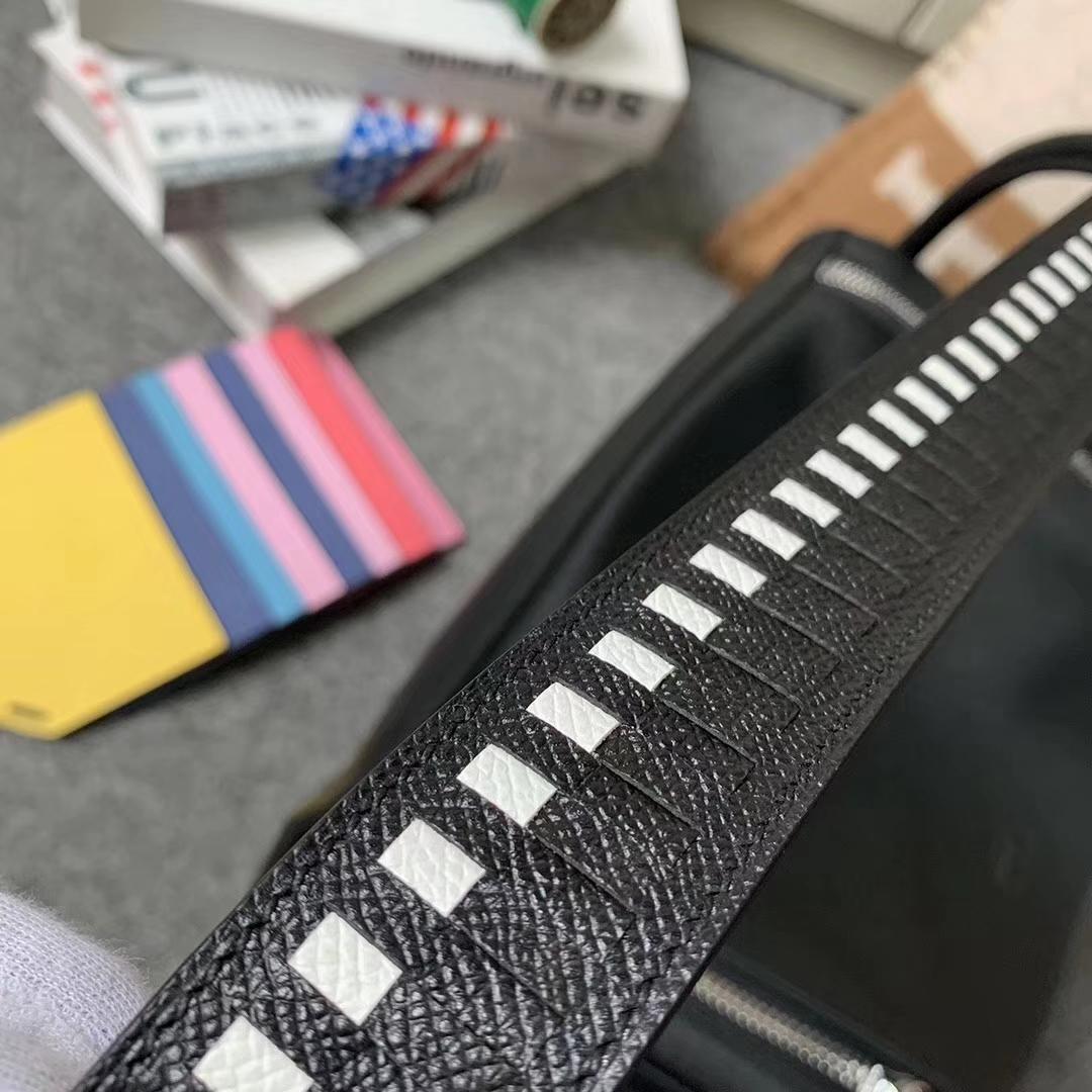 Hermès(爱马仕)CK89 黑色 原厂御用顶级Swift 皮 Lindy 30 银扣 编织肩带