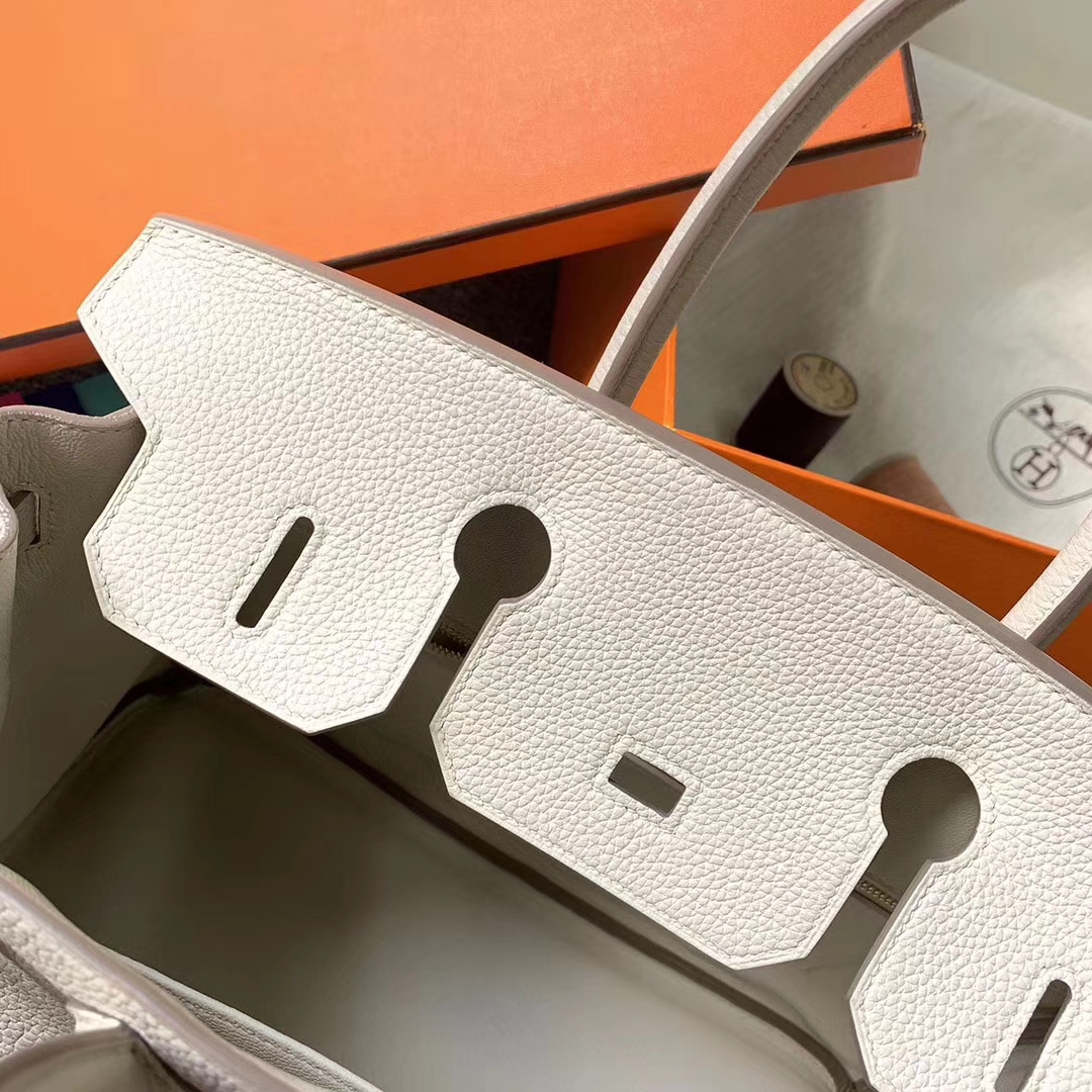 Hermès(爱马仕)奶昔白 原厂御用顶级小牛皮 Birkin 30 金扣 现货