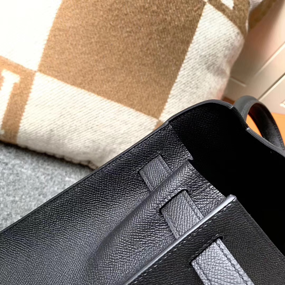 Hermès(爱马仕)CK89 黑色 原厂御用顶级小牛皮 Kelly 28 外缝 金扣 现货