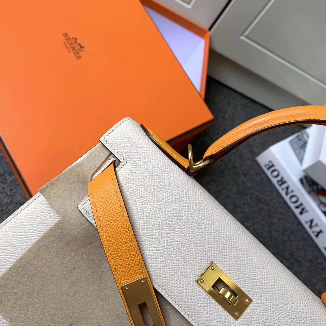 Hermès(爱马仕)奶昔白拼芥末黄 原厂御用顶级Epsom 皮 Kelly 28 外缝 金扣