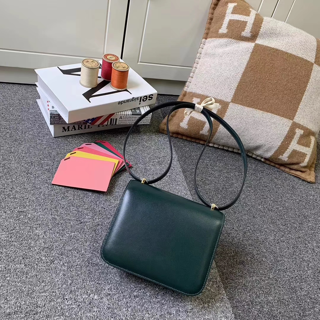 Hermès(爱马仕)2Q英国绿 原厂御用Box 皮 Constance 19 金扣 现货