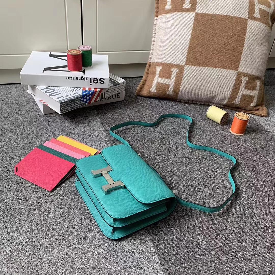 Hermès(爱马仕)U1 罗威纳绿 原厂御用顶级Epsom 皮 Constance 19 银扣 现货