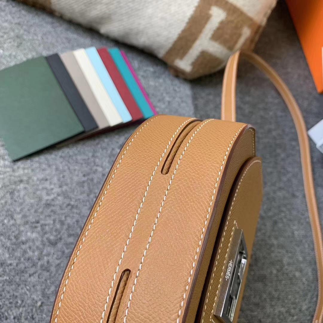 Hermès(爱马仕)C37浅咖啡 原厂御用顶级Epsom 皮 马赛克 单肩包 银扣