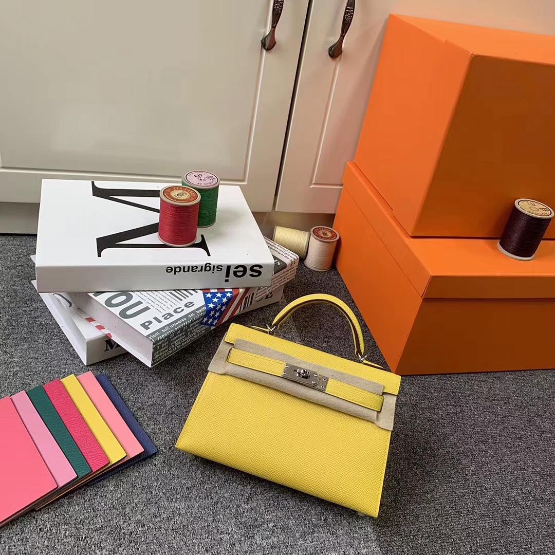 Hermès(爱马仕)那不勒斯黄 原厂御用顶级Epsom 皮  Mini Kelly 二代 金扣 现货
