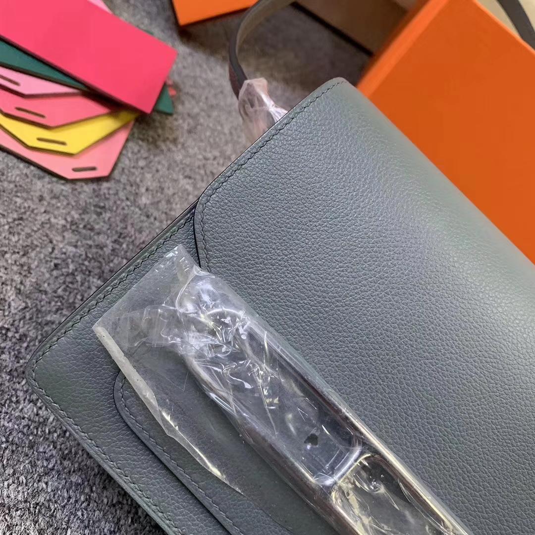 Hermès(爱马仕)杏绿色 原厂御用顶级Ever Color 皮 Roulis19 银扣 现货